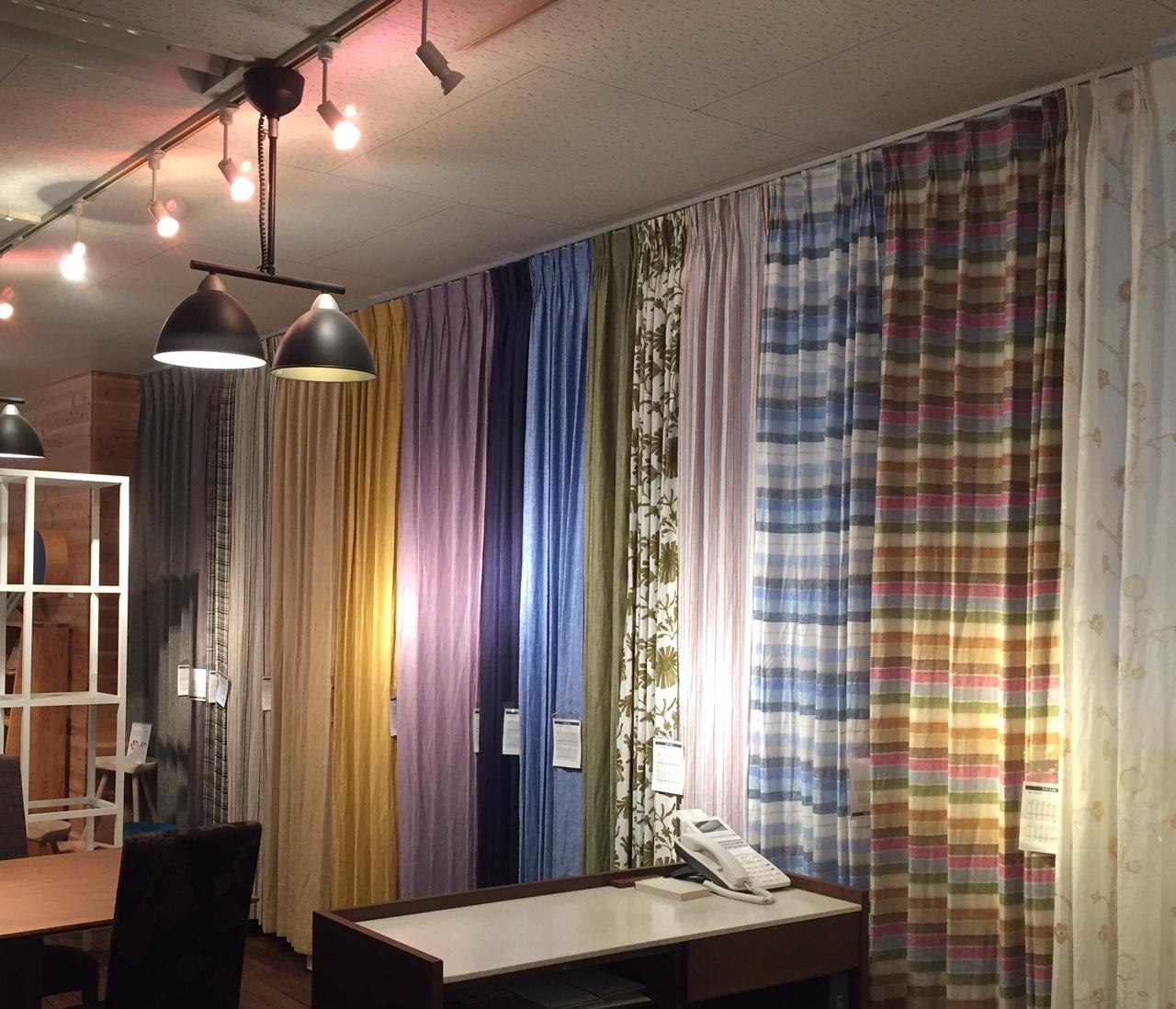 魔法の布「リネン」カーテンの魅力 | インテリアデザインヴィーナス
